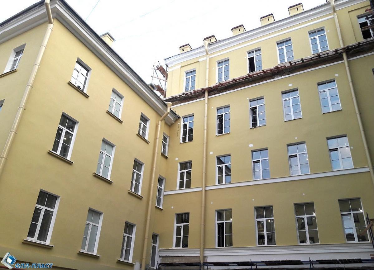 Гостиница, Невский пр. 32-34
